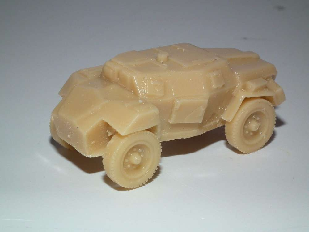 WWII BRITISH HUMBER SCOUT CAR 20MM SCALE RESIN MODEL KIT - B21
