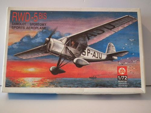 PLASTYK RWD-5 BIS SPORTS AEROPLANE POLAND 1933. Model Kit. 1/72 Scale