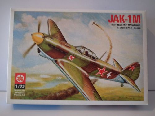 PLASTYK YAK-1M WWII FIGHTER AIRCRAFT RUSSIA 1943. Model Kit. 1/72 Scale